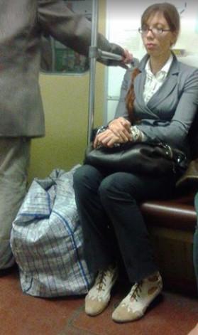 Девушка в метро совершила героический поступок