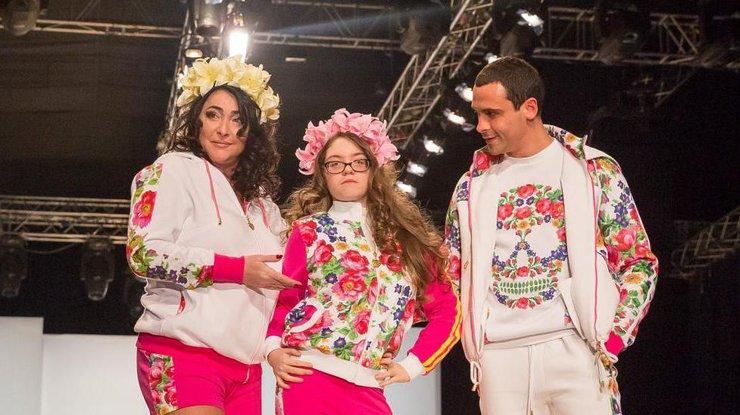 «Будет петь, как мама»: дочь Лолиты и Цекало исполнила песню Патрисии Каас на языке оригинала