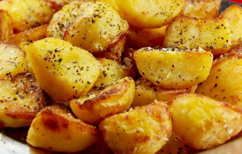 Хотите научиться готовить картофель вкусно и правильно – используйте эти крутые лайфхаки