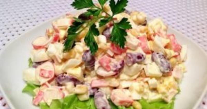 Десять самых быстрых салатов, которые готовятся всего за 10 минут