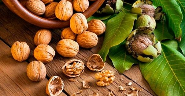 Вот почему женщинам стоит есть грецкие орехи каждый день, особенно старше 45 лет!