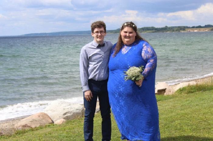 Эта пышечка замужем и очень счастлива Она и не думает о похудении!