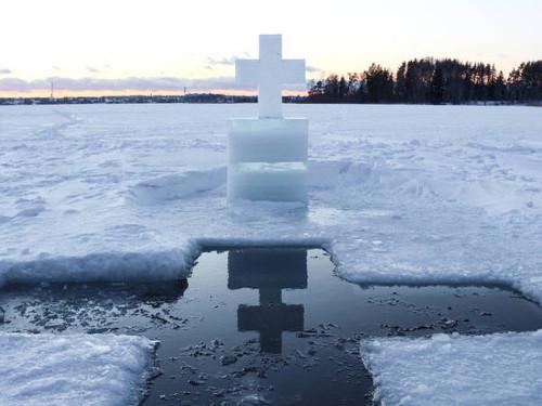 Крещение — 2020: когда купаться, как отмечать и где набрать святую воду