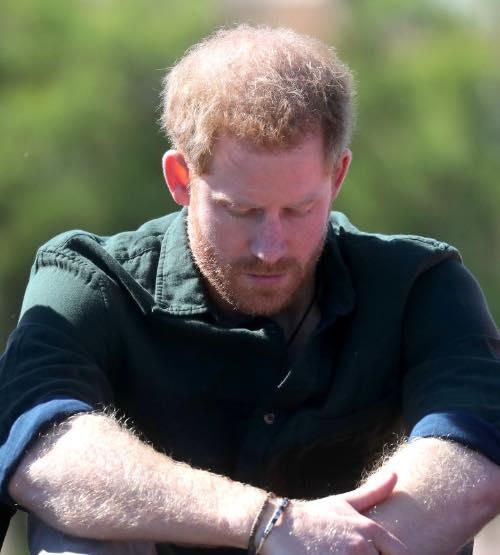 «Не было другого выхода!»: Принц Гарри огорчен последствия отказа от титула