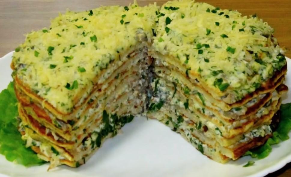 Вкусный торт из фарша, сыра, маринованных грибов, зелени