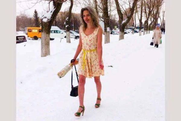 «Зима не время кутаться»: женщина, которую спас холод