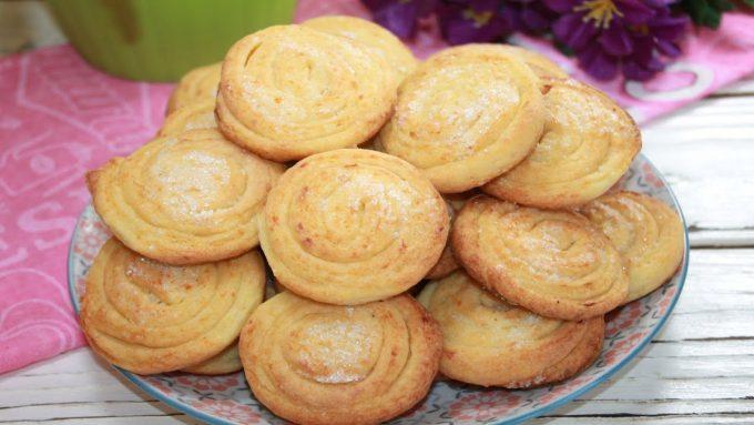 Быстрое слоистое печенье «Розочки». Простейший, но вкуснейший рецепт творожного печенья к чаю