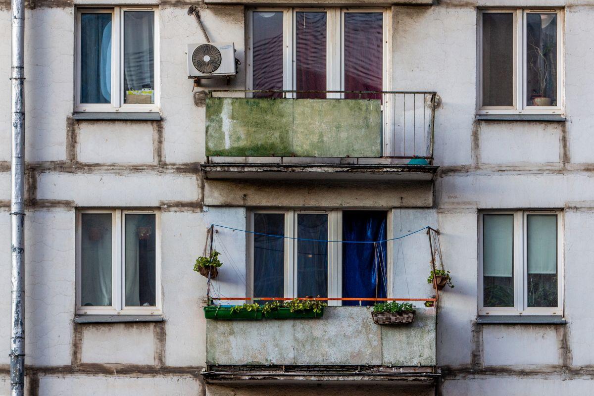 Какие преимущества можно получить от переноса кухни на балкон