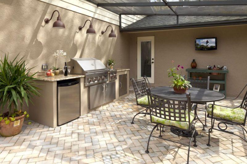 Удобство, практичность и комфорт: отличные идеи обустройства летней кухни