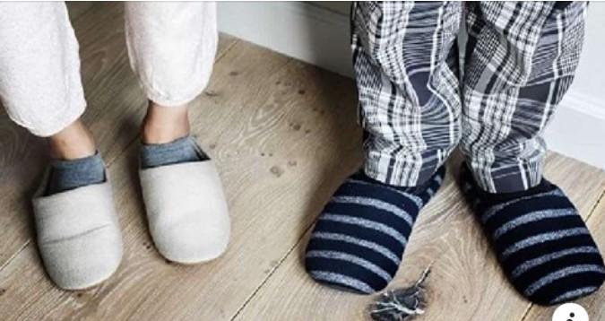 Почему нельзя дарить носки и тапочки: народные приметы