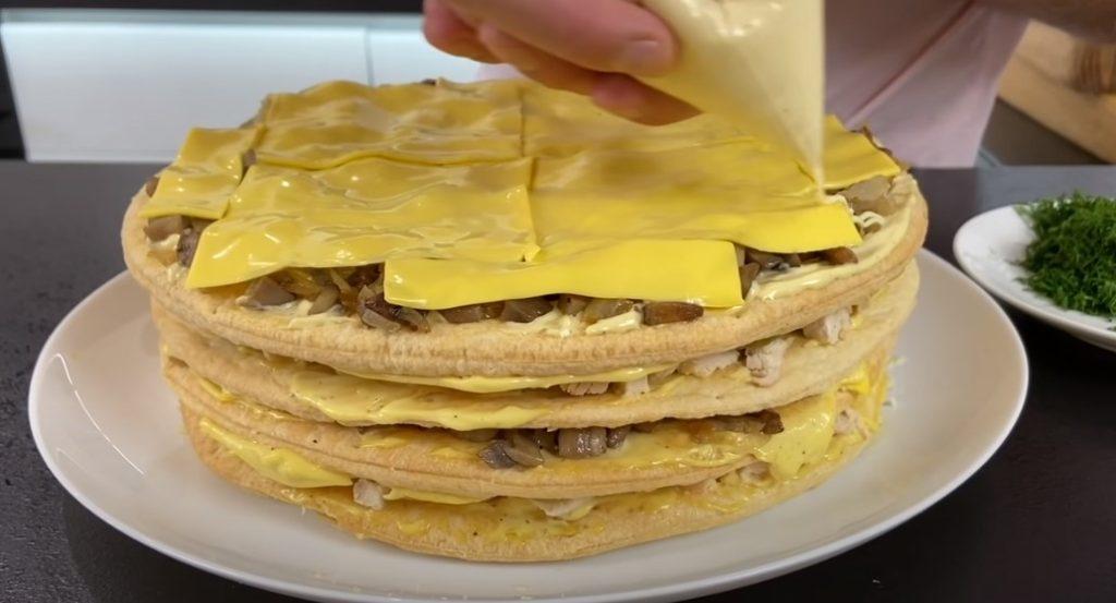 Закусочный торт «Царский», его потрясающий вкус будете помнить долго